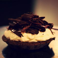 A delicious Mississippi Mud Pie! so decadent and full of chocolate goodness x