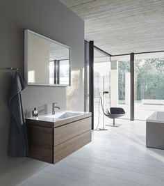 A beautiful bathroom is like a vacation. Immerse yourself into our wide range of ceramic, bathroom furniture and kitchen sinks. Discover now - Duravit! Green Bathrooms Inspiration, Green Bathrooms Designs, Big Bathrooms, Beautiful Bathrooms, Small Bathroom, Bathroom Ideas, Natural Bathroom, Modern Bathroom, Bad Inspiration