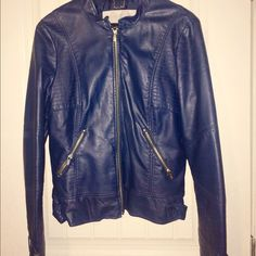 🎀Navy Real Leather Jacket Amazing - perfect condition- purchased at Wilson's- only worn a hand full of time - has been dry-cleaned -ships next day -  Bundles of 3 or more will receive an automatic 20% discount. Black Rivet Jackets & Coats