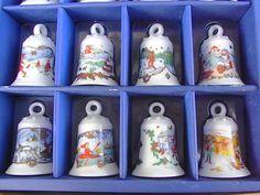 Vintage Weihnachtsdeko - 12 Glocken Christbaumschmuck Porzellan shabby chic - ein Designerstück von artdecoundso bei DaWanda
