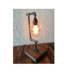 Edison Trouble Light Desk Lamp (BULB INCLUDED) Metal Pipe, Reclaimed Wood / Vintage Industrial Lamp / Steampunk / Table Lamp