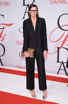 The CFDA Awards Just Won the Prize For Best Dressed Red Carpet: When the fashion industry's rising stars, designer heavyweights, supermodels, and style insiders converge at the CFDA Awards, we're certain the red carpet is going to be next-level chic. Office Outfits, Chic Outfits, Fashion Outfits, Star Wars Outfit, Jenna Lyons, Cfda Awards, Sartorialist, Celebrity Look, Red Carpet Dresses