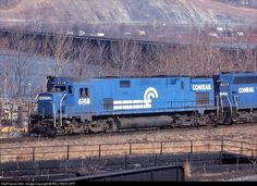 CONRAIL QUALITY RAILWAY - 6748 - Alco C628 em Marysville, Pensilvânia por WILLIAM KLAPP