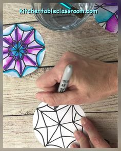Learn to draw a snowflake the easy way with a few simple folds and lines to get started. #draw #snowflakes #wintercraftsforkids