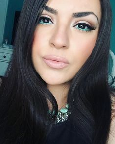 12 Instababes Who Are Killing It With This Eyeliner Trend | Brit + Co