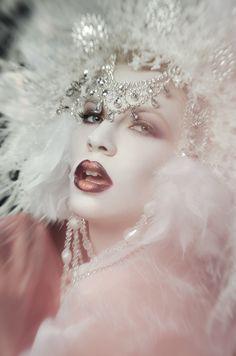 Photographer: NBMA Photography Headpiece: Karla Medina Hair/Makeup: Lidia Win Model: Mia Terezia