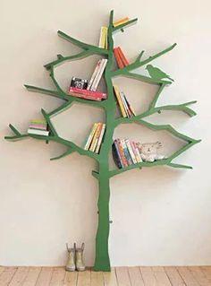 Librero de árbol