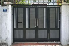 Cơ sở làm cửa cổng song sắt CK1056 tại Phú Nhuận uy tín, chất lượng & giá tốt ? Latest Gate Design, Modern Main Gate Designs, House Main Gates Design, Front Door Design Wood, Front Gate Design, Door Gate Design, Grill Gate Design, Steel Gate Design, Fence Design