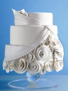Cake design based on wedding dress. Beautiful Wedding Cakes, Gorgeous Cakes, Pretty Cakes, Cute Cakes, Amazing Cakes, Unique Cakes, Elegant Cakes, Take The Cake, Love Cake