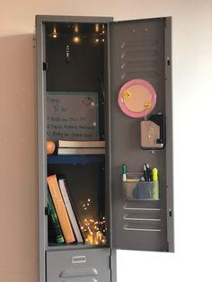 Tools for School Locker Shelf. Ideal for School, Work and Gym Lockers (Blue) 6th Grade School Supplies, Diy Back To School Supplies, Middle School Lockers, Middle School Hacks, Locker Essentials, School Essentials, Locker Accessories, School Accessories, Softball Gifts