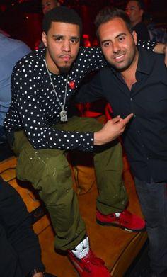J. Cole wearing #AirJordan V...too fine