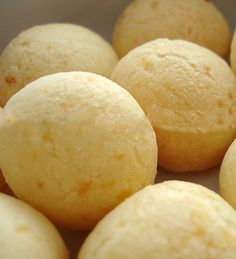 Pao de Queijo - Mediam Size Cheese Buns, Baked Cheese, Cheese Bread, Brazil Food, Afternoon Snacks, Italian Recipes, Breakfast Recipes, Food And Drink, Gluten