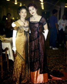 Style Titanic Film costumes, Madaleine Astor and Rose Marriage ceremony Gown Designs: Relying Rms Titanic, Titanic History, Titanic Ship, Titanic Movie Facts, Titanic Quotes, Titanic Costume, Titanic Dress, Billy Zane, Kate Winslet