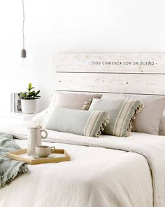 Bedroom Bed Design, King Bedroom, Home Decor Bedroom, Barn Bedrooms, Pretty Room, Fashion Room, My Room, Decoration, Bed Pillows