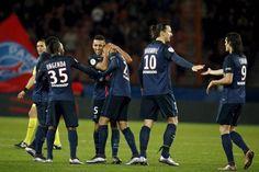 PSG se impuso 3-1 al Lorient manteniendo el liderato con 24...