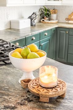 How to Decorate Kitchen Countertops | 1 simple rule for styling kitchen countertops and 10 items to make them pretty but functional. #kitchen #countertops