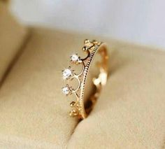 Someone please tell my dad to get this for me as a promise ring bc I'm God's princess ♥
