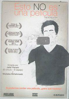 Hace meses que el director Jafar Panahi espera el veredicto de la Corte de Apelaciones. A través de la descripción de un día en la vida de Panahi, y la de otro cineasta iraniano, Mojtaba Mirtahmasb, el film nos propone un retrato de la situación actual del Irán y de su cine. (Fuente: Culturalia)