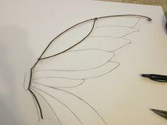 Dark Fairy Costume, Fairy Wings Costume, Diy Fairy Wings, Fairy Cosplay, Diy Wings, Fairy Photoshoot, Fairy Crafts, Wings Design, Fantasy Costumes