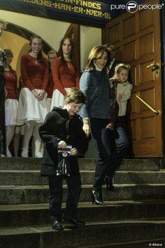 Princesses' lives: Danish Crown Prince Family at Christmas concert