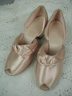 1930 S Boudoir Slippers Pink Satin Daniel Green Hollywood Glam