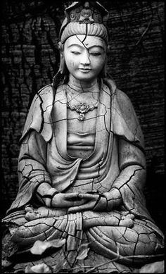 """Guanyin is the bodhisattva associated with compassion as venerated by East Asian Buddhists, usually as a female. The name Guanyin is short for Guanshiyin, which means """"Observing the Sounds (or Cries) of the World"""". Buddha Kunst, Buddha Art, Lotus Buddha, Mago Tattoo, Religion, Little Buddha, Guanyin, Qigong, Gods And Goddesses"""
