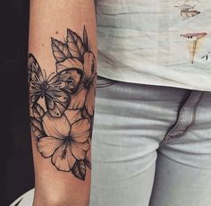 100 arm tattoo ideas for men and women - the body is a canvas - . - 100 arm tattoo ideas for men and women – the body is a canvas – 100 arm tattoo ideas for men an - Pretty Tattoos, Sexy Tattoos, Cute Tattoos, Beautiful Tattoos, Body Art Tattoos, Small Tattoos, Tattoo Drawings, Feminine Tattoos, Tiny Tattoo