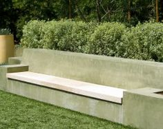 Concrete bench by the pool, 2 water spouts on the far left and right, then the back wall is also a planting pot, and when looked at from the back, it should be hollow underneath, we might build some led lights underneath!