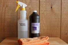slate flooring How to Clean Slate - Hydrogen Peroxide Cleaning Solution for stains. Need to look out for teak oil to make it pretty again House Cleaning Tips, Deep Cleaning, Spring Cleaning, Cleaning Hacks, Cleaning Supplies, Floor Cleaning, Cleaning Slate Floors, Tablet Recipe, Homemade Toilet Cleaner