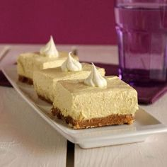 Banana Cheesecake, Cheesecake Recipes, Dessert Recipes, Cheesecake Brownies, Yummy Treats, Delicious Desserts, Sweet Treats, Greek Sweets, Torte Cake