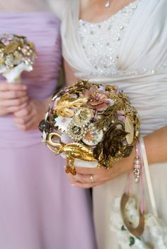 Vintage brooch bouquet- i will have this one day