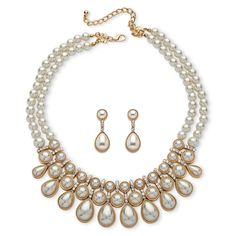 With the luster of pearls, this two-piece jewelry set is all the elegance and upscale beauty, without the price tag. Thi-wB7DbTXC