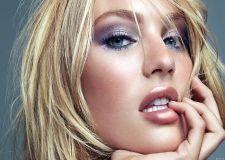 http://www.wallcg.com/thumbs/2012/11/blondes-women-blue-eyes-candice-swanepoel-faces-HD-Wallpapers.jpg