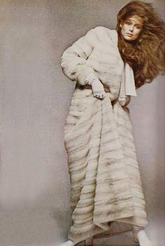 Lauren Hutton for Vogue, November 1970.