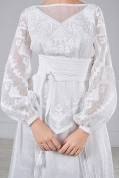 White on white embroidery, and the semi-sheer linen is killer. I like the wide sash, too Dress Outfits, Dress Up, Ethno Style, Ukrainian Dress, Estilo Real, Wedding Dresses Plus Size, Dream Dress, Dress To Impress, Beautiful Outfits