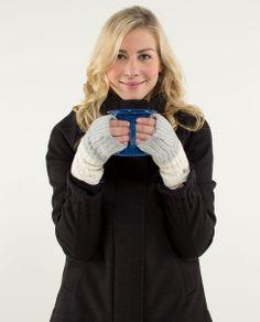 falling freely hand warmers | women's run accessories | lululemon athletica