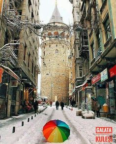 Winter in Istanbul Places Around The World, Around The Worlds, Istanbul Turkey, Best Cities, Times Square, Beautiful Places, Places To Visit, Louvre, Street View