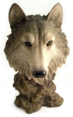 This gray wolf head sculpture makes a fantastic addition to any wolf lover's home decor scheme. This wolf head statueis made from sturdy polyresin stone and is carefully hand-painted to ensure realis