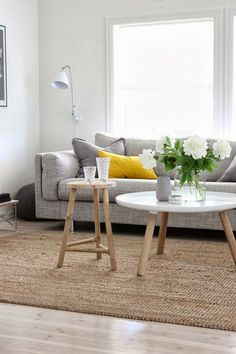 neutrals + citron lemon yellow makes this room.
