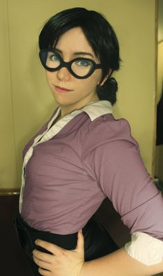 Miss Pauling, Team Fortress 2 (that shirt is perfect!)