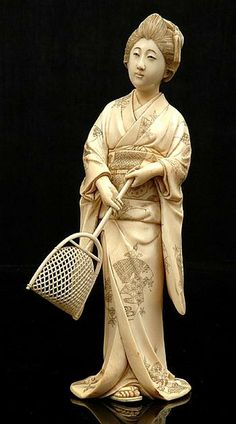 JAPANESE OKIMONO | Japanese ivory okimono of a girl holding a scoop Meiji period ...