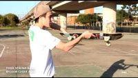 Videos Como mandar fakie 360 / caballerial - Mais um vídeo da série do canal sobre skate, o skatista Guilherme Abe mostra como mandar a manobra fakie 360 ou popularmente conhecida como caballerial, se liga no passa a passo tanta para regular quanto para Goffy.