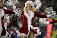 such a cute idea. New England Patriots Cheerleaders, Nfl Cheerleaders, Cheerleading, Gillette Stadium, Green Bay Packers, Happy Holidays, Surfing, Santa, Football