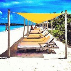 alice is wonderful Summer Colors, Summer Of Love, Beach Fun, Summer Beach, Wish I Was There, Florida Keys, Beach Chairs, Beautiful Beaches, Summertime