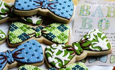 Bowtie cookies are fun for baby boy birthdays! St Patrick's Day Cookies, Baby Cookies, Baby Shower Cookies, Iced Cookies, Easter Cookies, Fun Cookies, How To Make Cookies, Decorated Cookies, Sugar Cookies