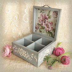 Arts and crafts For Girls Room Decor - - - March Arts and crafts For Toddlers Arts And Crafts For Teens, Art And Craft Videos, Arts And Crafts House, Easy Arts And Crafts, Crafts For Kids To Make, Crafts To Sell, Diy Crafts, Decoupage Wood, Decoupage Vintage