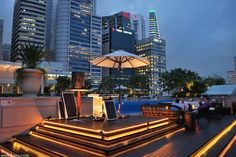 ROOFTOP BARS! Lantern Bar at The Fullerton Bay Hotel, Singapore » Retail Design Blog