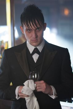 I've never liked the Pnguin till I met him! Amazing Robin Lord Taylor