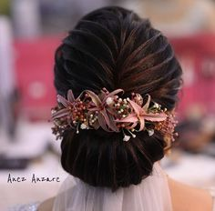 Black And Silver Eye Makeup, Hear Style, Bride Hairstyles, Hairstyle Ideas, Hair Issues, Flower Backdrop, Mehndi Designs, Hair Makeup, Braids