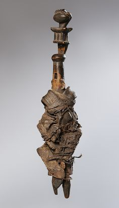 Aerófono Tipo: Flauta Topónimo: Ghana Materiales: Madera, piel, fibra…